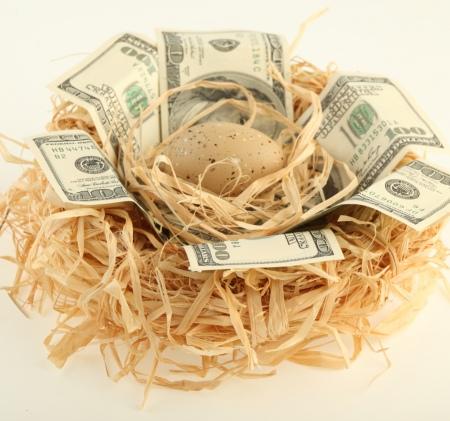 Как и в каком банке купить золотой слиток: цена